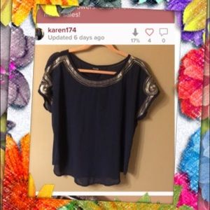 Very beautiful  1 xl top 1a